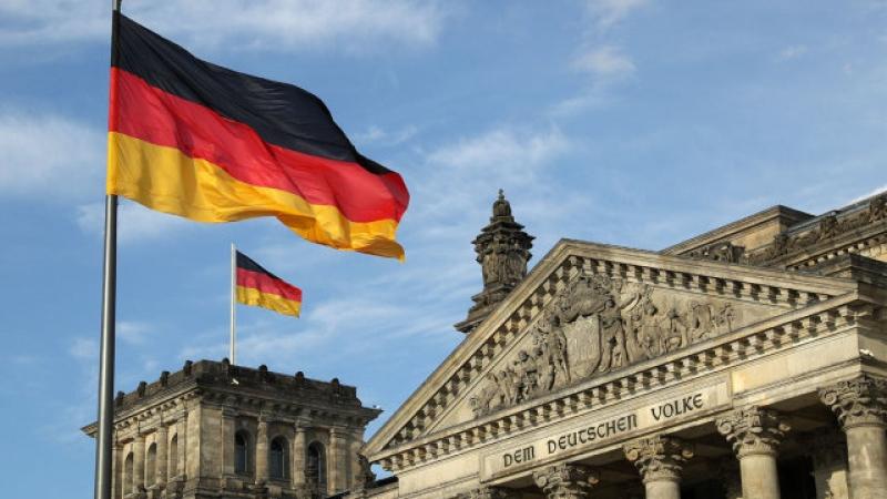 Români trimiși acasă: Expulzați din Germania pentru că n-au putut demonstra că au o ocupație legală!