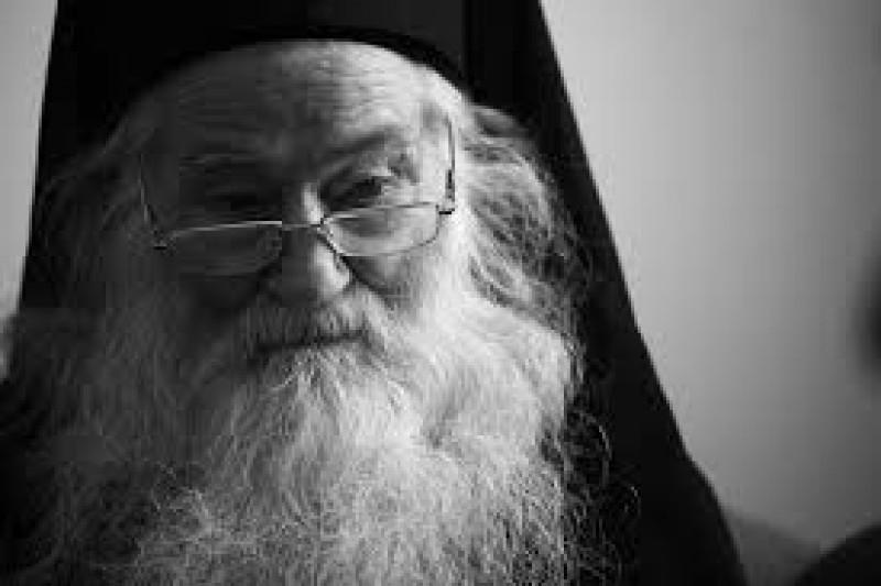 """ROMÂNIA DEMNĂ - Răspunsul unui primar, la atacul asupra Părintelui Iustin: """"Nu credem că a sosit vremea să ne mântuim pe furiş, cu aprobarea cuiva!"""""""