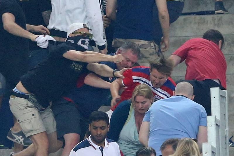 Rusia va fi exclusă de la EURO 2016 dacă suporterii recurg la violențe în următoarele meciuri