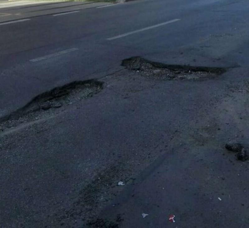 RUȘINOS: România are cele mai nesigure drumuri din UE! Cum rezolvă autoritățile problemele? Doar cu promisiuni!