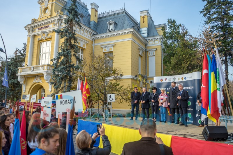 S-a dat startul oficial la Balcaniada de Cros FOTO, VIDEO