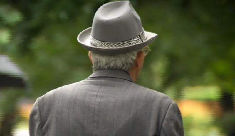 S-a eliminat restricționarea temporală pentru circulația pensionarilor. Aceștia se pot deplasa la orice oră, însă condiționat