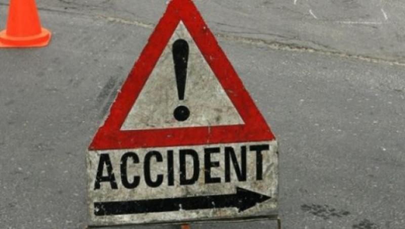 S-a izbit în mașina care circula în fața lui. O minoră de 15 ani a fost rănită!
