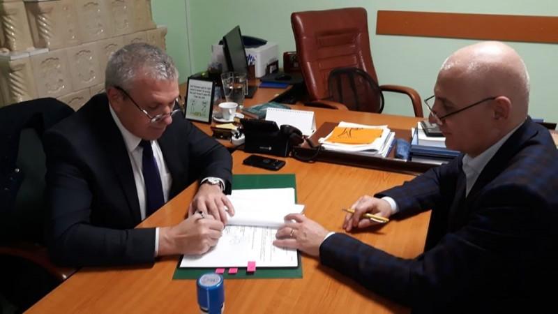 S-a semnat contractul de finanțare pentru dotarea ambulatoriului și îmbunătățirea serviciilor de pediatre din cadrul acestuia