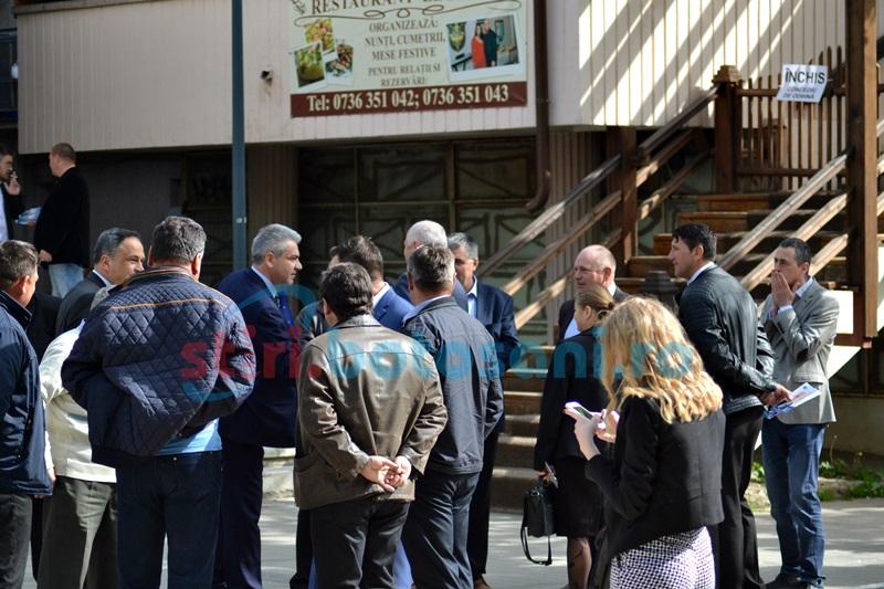 """S-a văzut de la Bucureşti: alegerile din PNL Botoşani, cea mai """"schismatică"""" competiţie"""