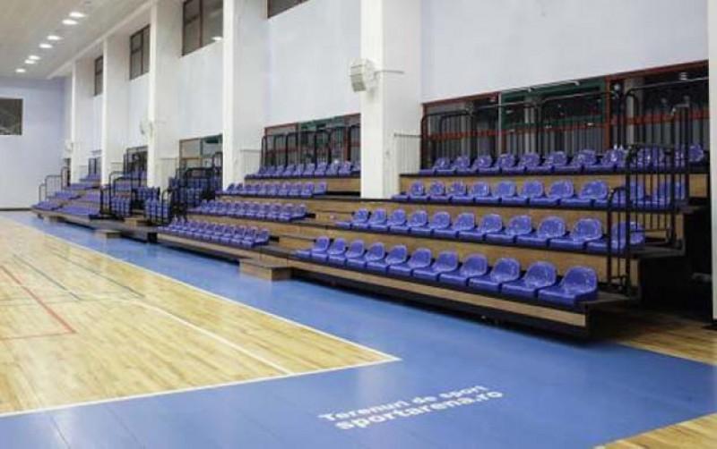 """Sală de sport nouă pentru elevii Colegiului Național """"Mihai Eminescu""""!"""