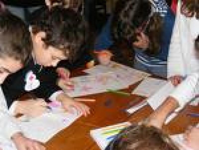 Salariatii de la Protectia Copilului primesc, deocamdata, ajutoare banesti!