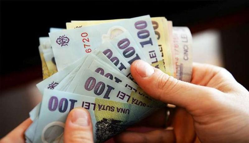 Salariile din România vor fi majorate din nou: valoarea salariului minim național brut nu va putea fi mai mică de 60% din valoarea salariului mediu național brut. O creștere de 1000 de lei