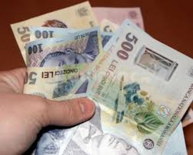 Salariul minim ramane deocamdata la 1.250 lei