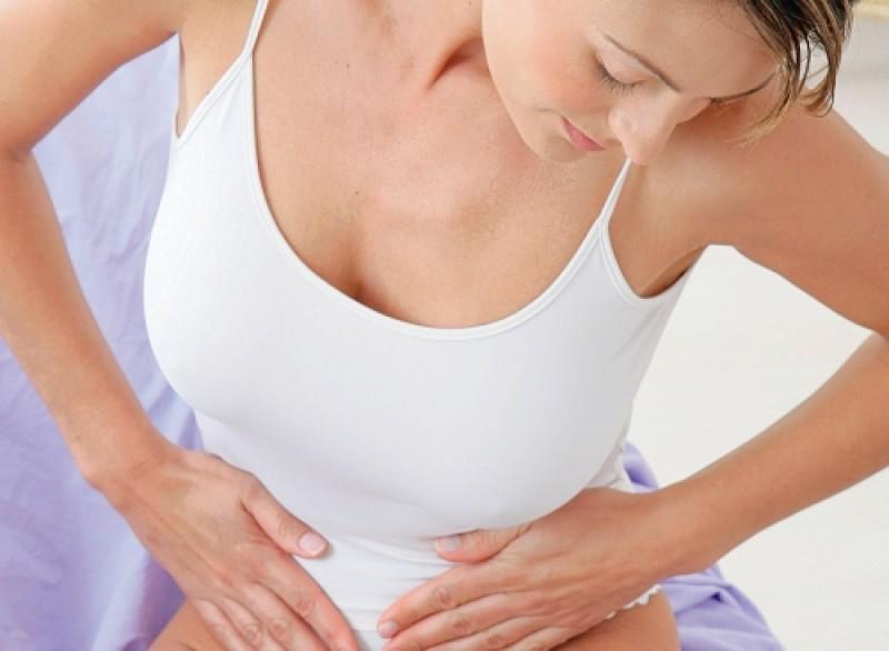 """SĂNĂTATE: Ce este """"boala femeilor neiubite"""" și cum o recunoști?"""