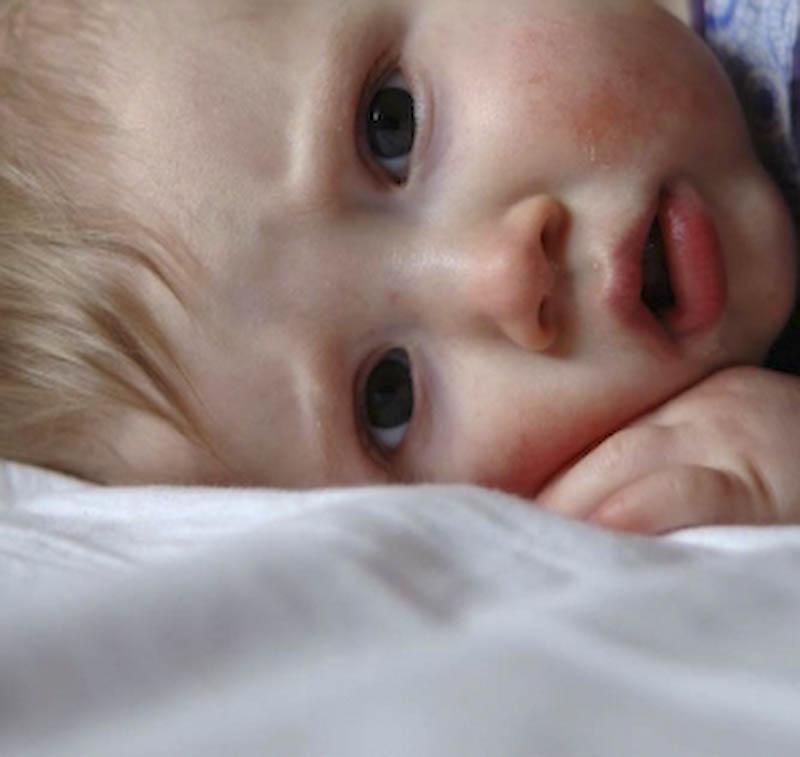 SANATATE - Ce trebuie sa stii despre convulsiile febrile ale copilului!