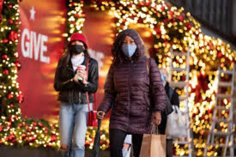 Sănătatea și dispariția pandemiei, cele mai dorite cadouri de Crăciun ale românilor