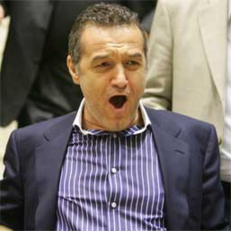 SANTAJ la Steaua: ce patesc jucatorii care nu accepta reducerea salariilor!