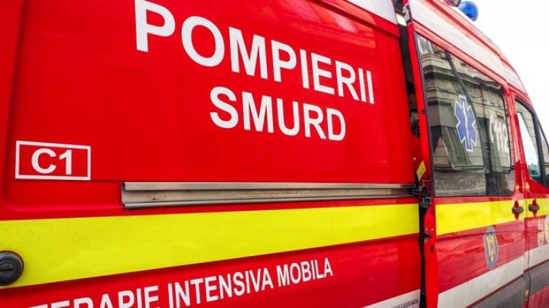 Şapte fraţi dintr-o comună ieșeană, duși de urgență la spital. Ce au furat dintr-un magazin!