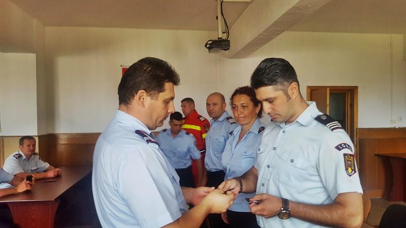 Șase angajați ai I.S.U. Botoșani avansați înainte de termen, de Ziua Pompierilor din România - FOTO