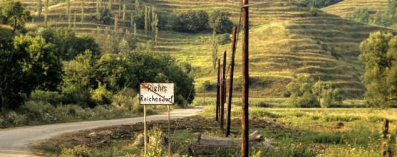 Satul din Romania unde zeci de straini si-au cumparat case!