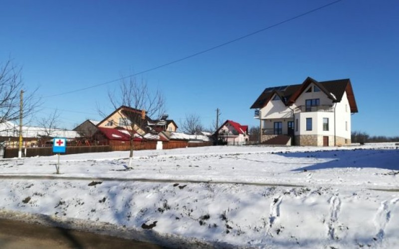 """""""Satul italienilor"""" din județul Botoșani. Cum s-a schimbat mentalitatea ţăranilor români plecaţi în străinătate"""