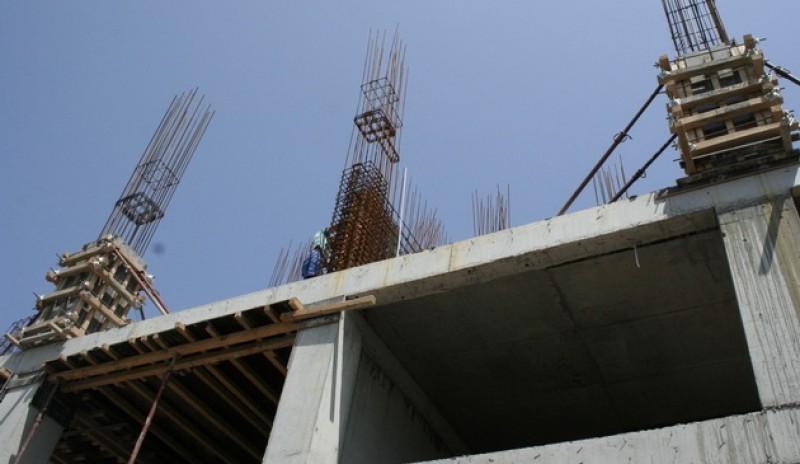 Scandal de la construcția unui bloc, într-un cartier din municipiul Botoșani!