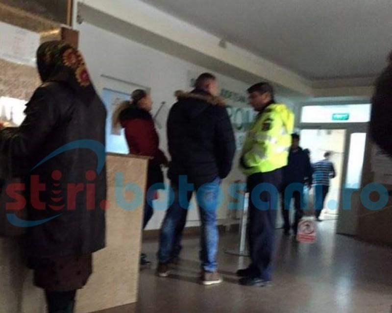 SCANDAL la Spitalul Județean! Părinții unui tânăr internat în unitate s-au bătut cu unul dintre paznici! FOTO