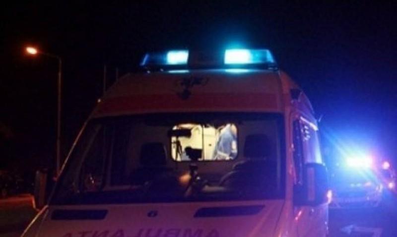 Scandal noaptea trecută la Știubieni. Un botoșănean a fost înjunghiat în zona inimii de prietenul de pahar. Doar printr-o minune a scăpat cu viață
