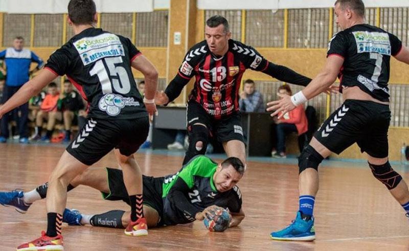 Scandal uriaș între cluburile de fotbal, handbal și primăria de la Botoșani! Ce zic părțile implicate în războiul sportului de la Botoșani