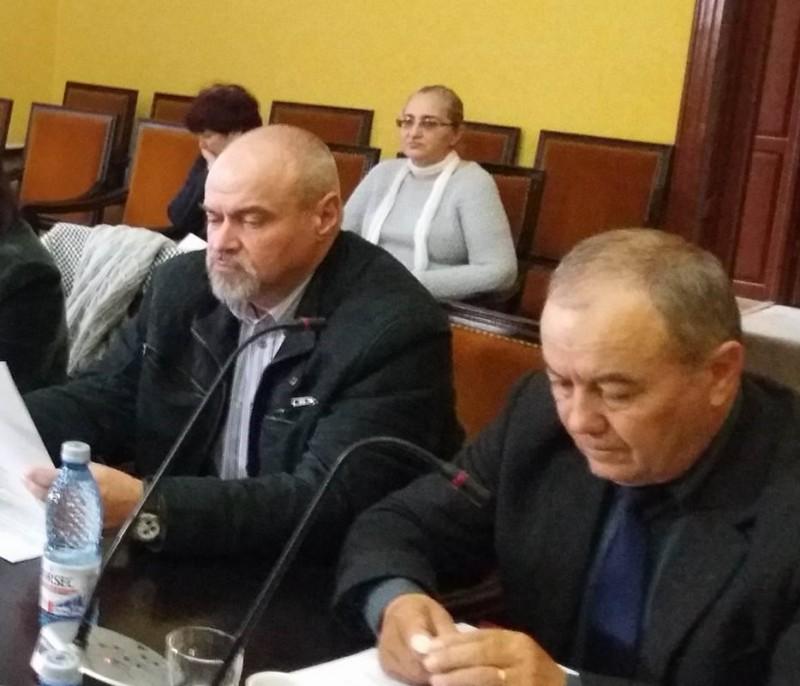 Schimb acid de replici între doi consilieri locali, de la salariul directorului Nova Apaserv!