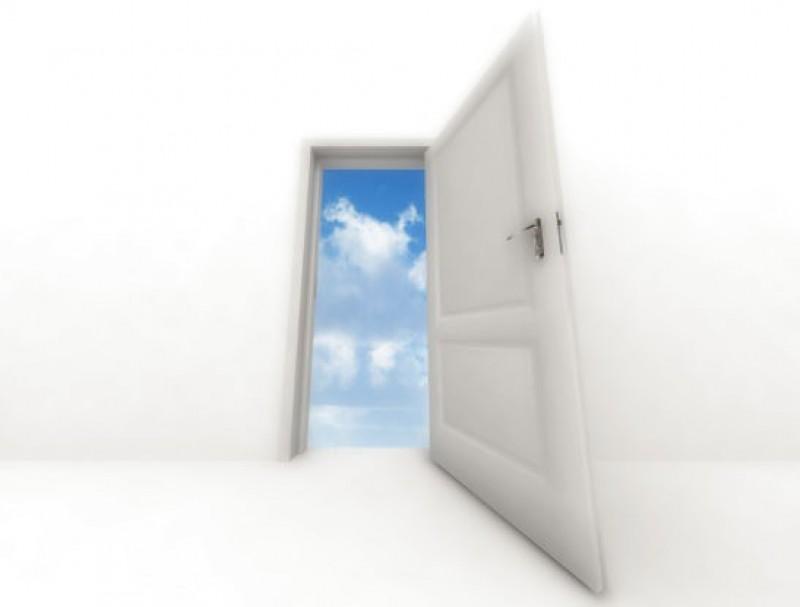 Schimbarea lumii incepe cu iesirea pe usa!