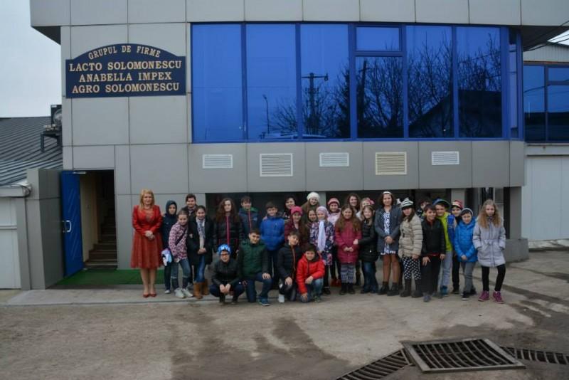 Şcoala Altfel a ajuns şi la Lacto Solomonescu!