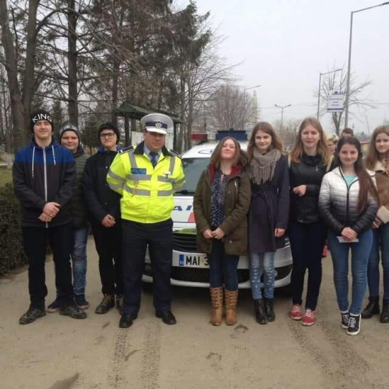 Școala Altfel, alături de polițiștii botoșăneni! FOTO