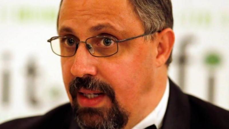 """Scriitorul botoșănean Dan Lungu: """"Ministerul Culturii ignoră cu desăvârșire cheltuirea timbrului literar"""""""