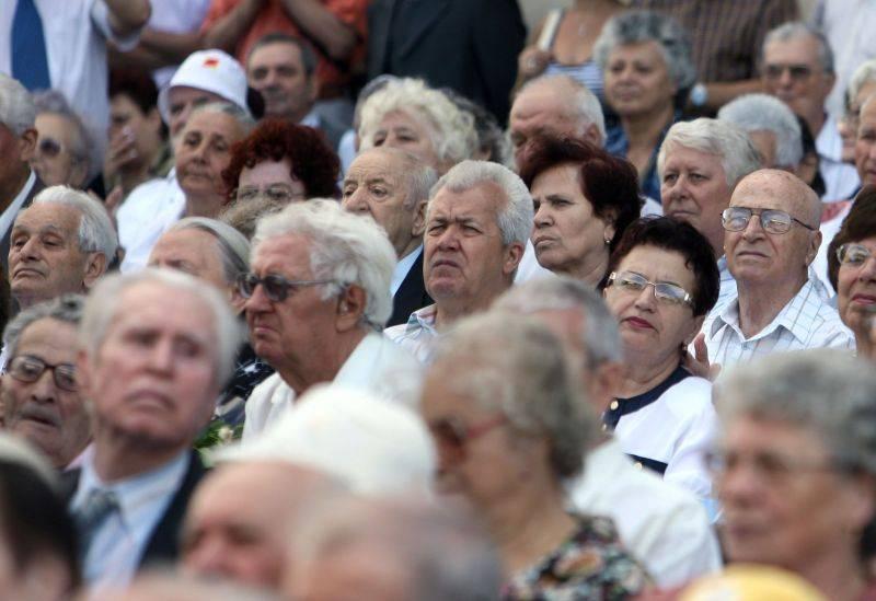 Scutirile de la plata impozitelor locale pentru soţiile veteranilor de război, restabilite de Guvern!