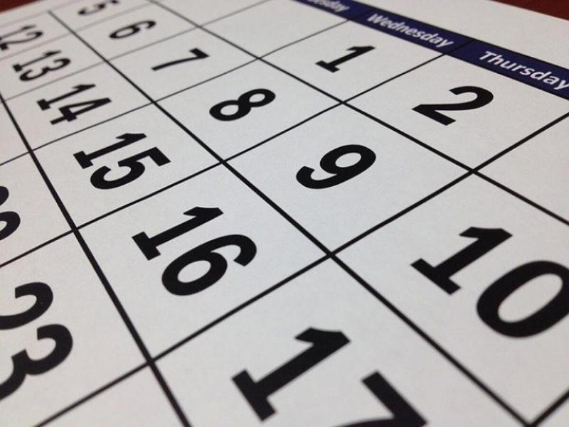 Se anunță un an bun pentru angajații români. Zile libere în plus în anul 2022