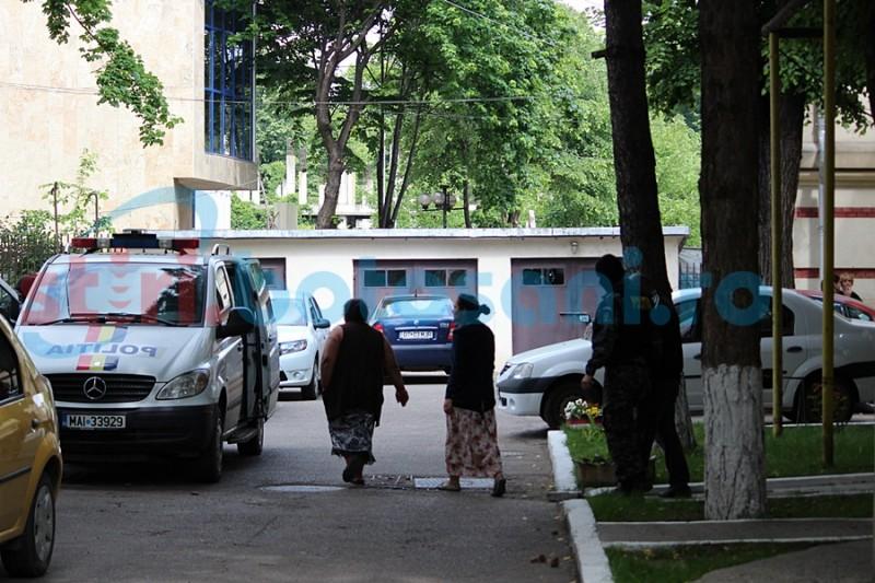 Se întâmplă în Botoşani: membrii unei familii sunt arestaţi la domiciliu, cu interdicţia de a comunica între ei!