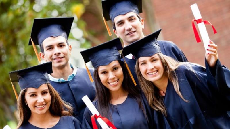 Se pregătesc fonduri pentru 2020: Firmele vor putea cere bani de la stat pentru angajarea absolvenților și șomerilor