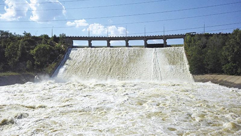 Se verifică starea construcţiilor cu rol de apărare împotriva inundaţiilor de pe cursurile de apă din județul Botoșani