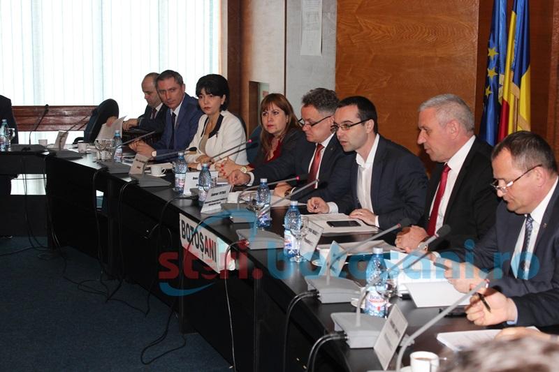 Şedinţa Comisiei pentru Dialog Social, cu ministrul Gabriel Petrea