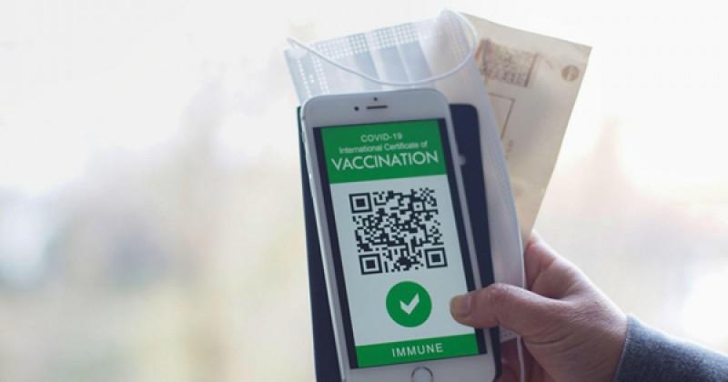 Șeful CNCD, Astzalos Csaba: Introducerea certificatului verde se poate face doar prin lege votată de Parlament