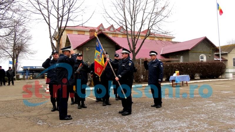 Momente emoționante la Jandarmeria Botoșani. Șeful jandarmilor a predat ștafeta! FOTO, VIDEO
