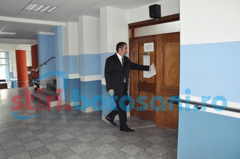Şeful suspendat al Poliţiei contestă durata anchetei în dosarul său