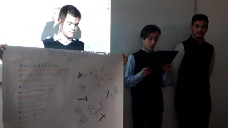 """Seminarul Teologic Liceal Ortodox """"Sfântul Gheorghe"""" Botoşani a finalizat proiectul """"Școala pentru viață"""""""