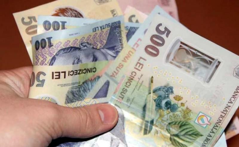 Senatorii români vor ca valoarea ajutoarelor sociale să crească cu 140%