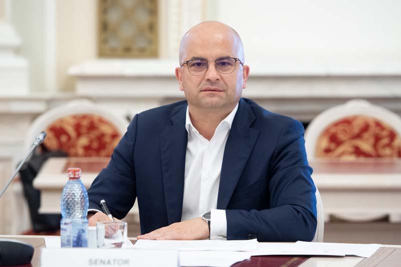 """Senatorul PSD Lucian Trufin: """"PNL și USR dau mână liberă speculanților și fondurilor de investiții, să cumpere pământul românesc!"""""""
