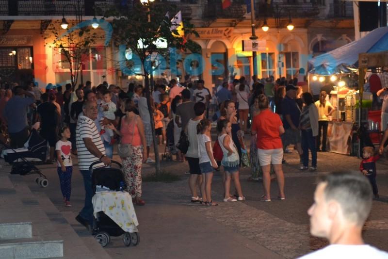 September Fest- a treia seară, cu fum, gustări şi seminţe FOTO