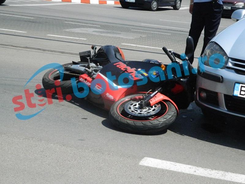 Septuagenar pe motocicletă, accidentat de un șofer din Botoșani