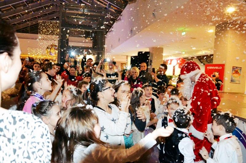 Serbarile Iernii la Uvertura Mall! FOTO
