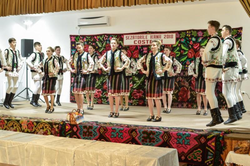 Şezătorile iernii la Răchiţi-Costeşti - FOTO
