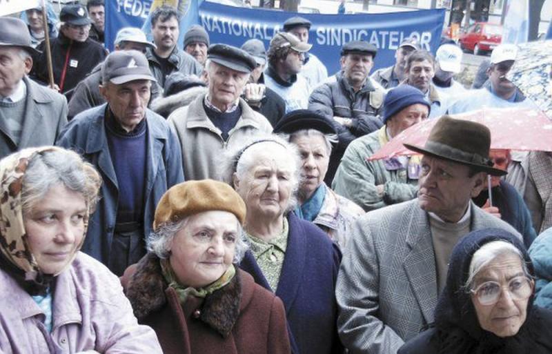 Sfat prețios de la Banca Națională pentru pensionarii de rând, în plină criză: Să pună bani deoparte pentru zile mai bune la bătrânețe