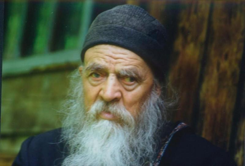 Sfinţii Botoşanilor: 105 ani de la naşterea cuviosului Onufrie Frunză, omul păcii şi al tăcerii!