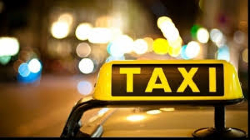 Si-a uitat telefonul intr-un taxi, insa soferul l-a mintit ca nu a gasit nimic in masina. Ce mesaj a primit dupa o saptamana