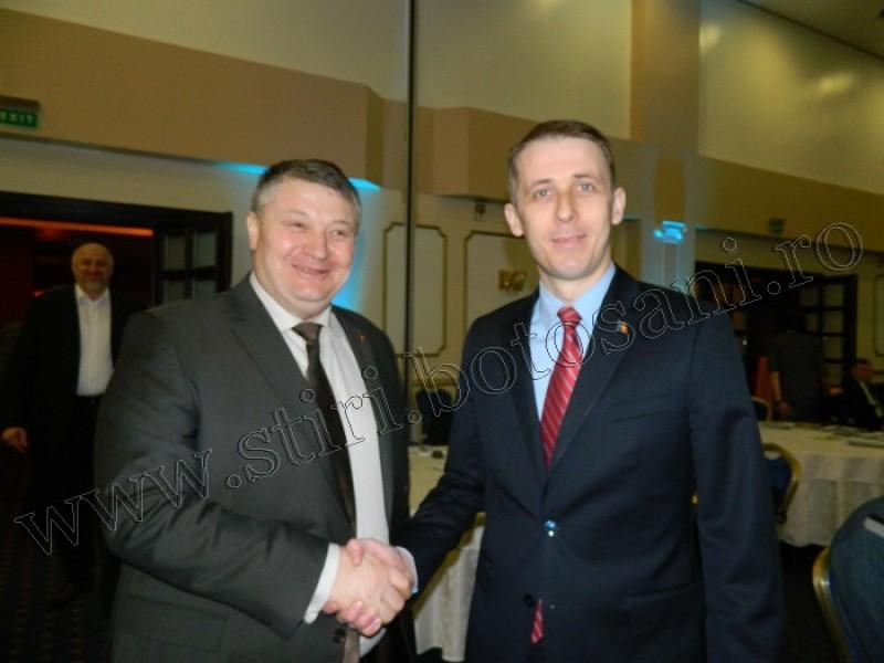Și-au dat mâna: Forumul economic i-a adus alături pe Țurcanu și Portariuc!